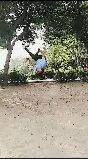 #rops-style #roposo #parkour #flips #stunts #practice #roposo-trending