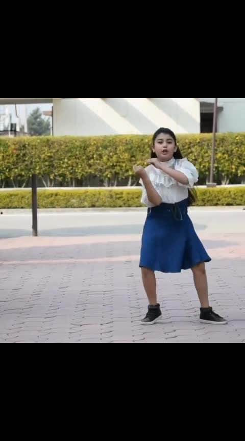 Lamberghini chlaayi jaane oh 😍😍🔥🔥 Follow 👉 @Filmydance for more Perfomer: @hunar_rocks 💃 Choreo: @vijay_akodiya Song 🎵: Lamberghini @raginiiiii @thedoorbeen • • #lamberghini #ragini #punjabisong #dance #dancers #bollywooddance #ritikkaushal #viral #indiandance #biggboss12 #choreographer #punjabidance #dancelove #Filmydance #beats #cutiepie #too good melody king #star #wow #roposo #roposoness #roposo-entertainment #roposo-thebeautitude