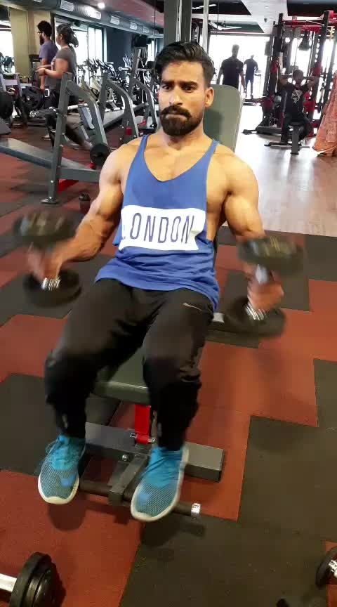 #shoulders workout routine#