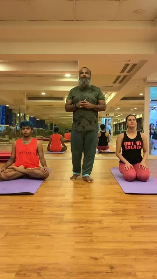 Basrika Breathing #yoga #yogainspiration #yogaday #yoga4roposo #roposofitness #roposoindia