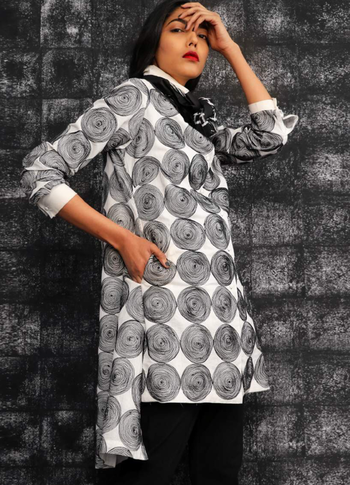 The Graphic collection by Abraham and Thakore at Deval The Multi Designer Store!!! #devalstore #ahmedabad #designercollection #graphiccollection #womenswear #graphic #multidesignerstore #clothingstore #designercollectioninahmedabad