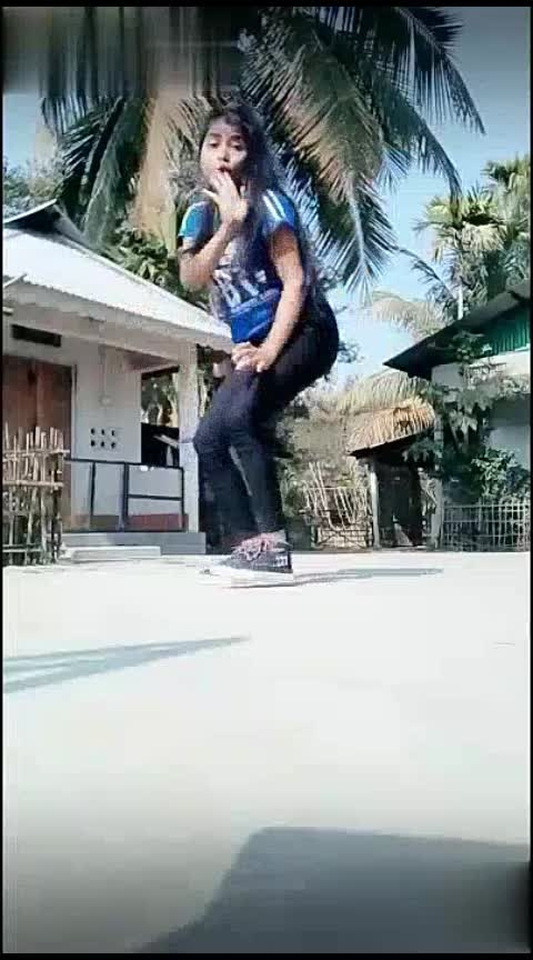 harnavi song dance#hrmashup #haryanvidance #haryanvi #punjabi #roposo #staroftheweek #staroftheday #risingstar #roposorisingstar Roposo Roposo Roposo Tanisha Manisha Krishna #beats #wow #roposodance #roposocontest @roposocontests #dancecontest#bhangra #bhangradance