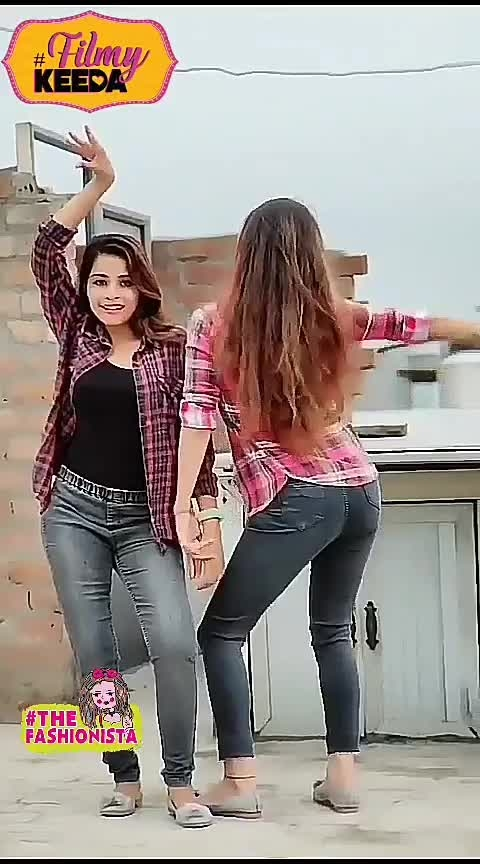 mungda dance #hotdancers #sexymoves #wowchannel  #beatschannel  #roposomusic #beatschannels #wows #beatschannal #loveroposo #creative-channel #filmistan-channel #roposo-creative-channel #roposo-channel #wowmoments #roposo-trending #be-in-trend #trendeing