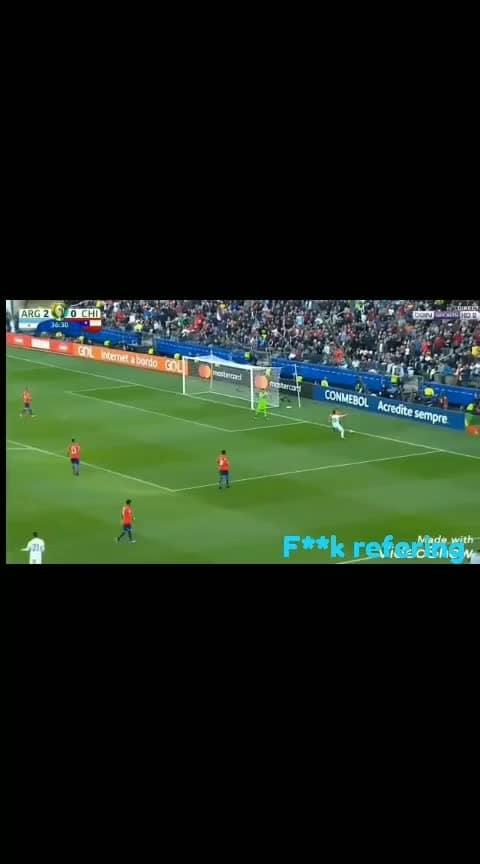 #leomessi  #messingaround #messi #messifanclub #messifanclub #messi10 #argentina #vamos_argentina #bad refery #messi-magic #fifa #referee #football #roposo-sport #sporty #sportstvchannel