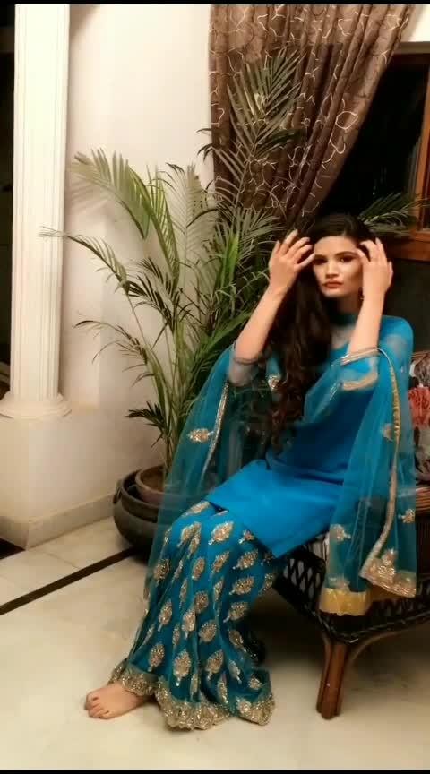 wedding season #indianoutfit #weddingoutfit #ethnic-wear #indianweddingwear #fashionvideo #fashionvideos #lookgoodfeelgood #risingstar