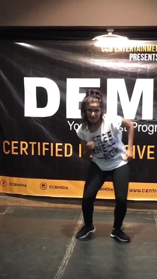 Dancehall choreography by Priyanka Ahuja #dancehall #roposo-dancer