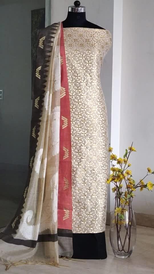 Rate:2350/-  Chanderi brocade shirts Cotton bottoms Chanderi dupattas Back in store  🌸🌸🌸