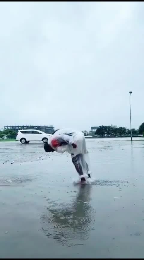 Backflip in Rainwater with Raincoat🤯 - slomo - parkour - monsoon - water - parkour - gym - slowmo - baarish