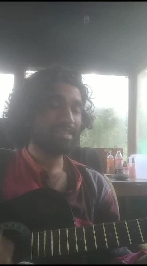 kabhi Aisa lagta hai #luckyali #guitar #cover #live #acoustic #roposo #viralvideo #instagame #topvideo #risingstar
