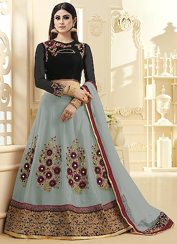 Get online #PakistaniLehengas in least cost from Mirraw. Visit a website to see more collection : https://www.mirraw.com/store/pakistani-lehengas