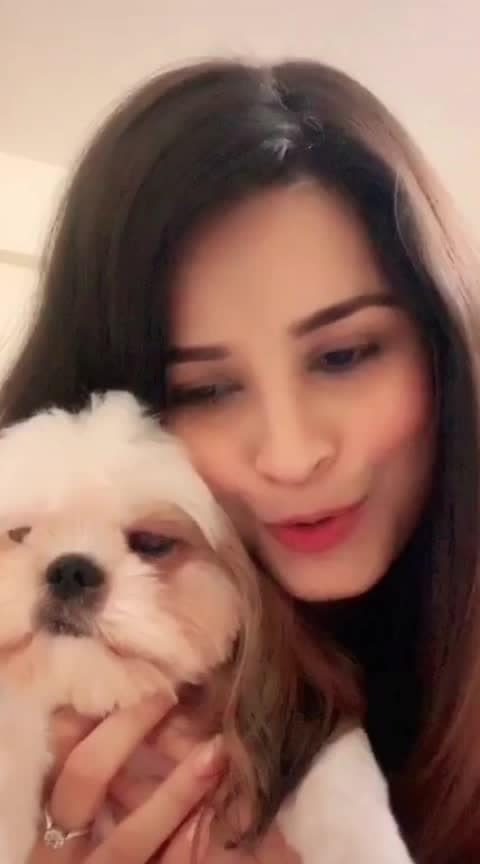 She is love #petsofroposo #cutest #petlove #trendying @iamchetnapande