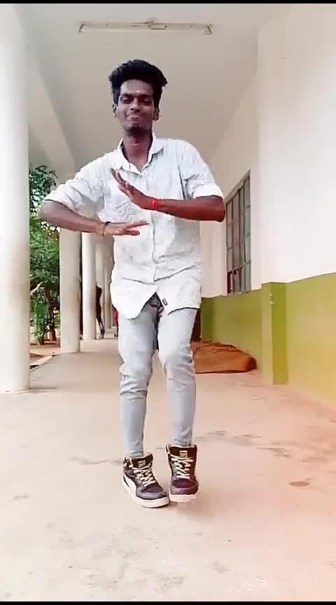 un sontham nanthane 💙💙💙💙#alaipayuthey #kadhalsadugudu #lovestatus #danceing #collegedays #classtime #risingstar