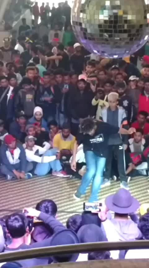 Furkhan  #entertainment #roposo #hiphopdance #video #level #music #musicallyapp
