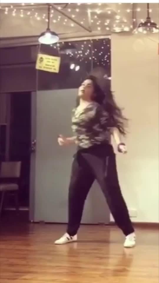 Song - tip toe by Jason derulo  Choreography by - hemanshi choksi  Location - tangerine Arts Studio  #tiptoe #jasonderulo #tangerineartsstudio #hemanshichoksi #dancerslife