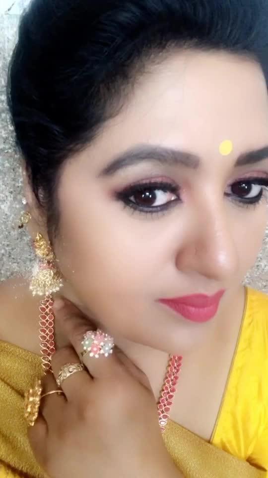#Bollywood #Bollywoodsong #hindi #roboso #robososonge #shanoor_sana #teluguactress