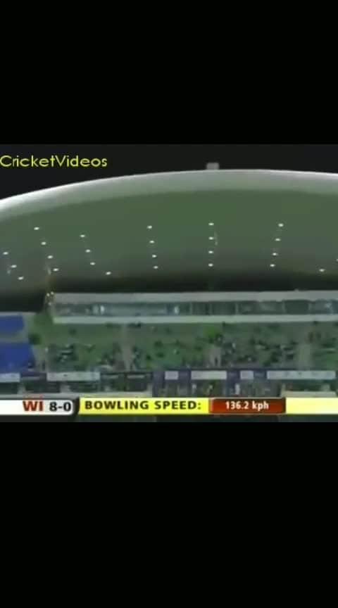 Saeed Ajmal and Shoaib malik funny catch #haha #haha-tv #roposo-haha #haha-funny #haha-funny #hahatv #funny #comedy #catch #cricket #funnycricket #shoaibmalik #chrisgayle #pakvswi #wivspak