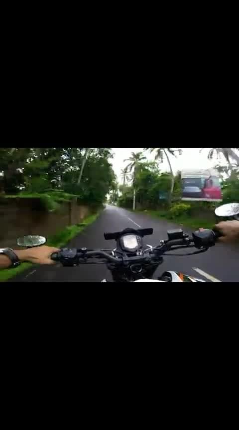 Duke 200 #ktm #ktm-stunt #ktmrc200 #riders #love #followme #kerala #keralam #-india #politics #raining #raining #racing