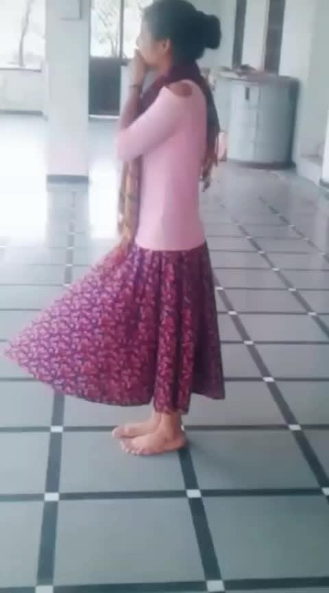 #top-skirt