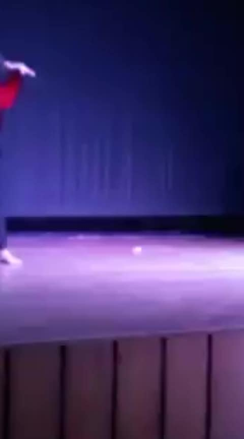 ye mera dil❤ pyar ka dewana #performance #performancenight #danceperformance #dancemove #dancelove #danceforlife #roposo #roposolove #roposofun #roposo-rising-star-rapsong-roposo #roposoness #roposoers