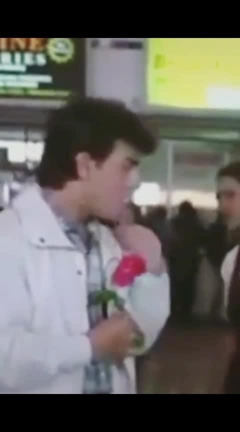 आमिर खान काजोल इश्क़ मोहब्बत #ishq #mohabbat #amirkhan #kajol_devgan #filmysthan #bollywood #hit #superhit #mostbeautifulmomment #love----love----love #loveforever143 #statusvideodownload #new-whatsapp-status-video #new-whatsapp-status