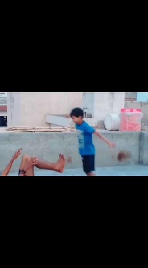 . . . . . . . . . #tamildubs #tamilcomedy #tamilponnu #tamildubsmash #tamilvideo #tamil #trending #kadhal #kollywood #tamilcinema #tradition #funnyvideos #kathiyawadi #natpu #vijay #jilla #tamilrockers #tamilfunnyvideo #tamil #tiktoktamil #dubsmash #mari2 #rowdybaby #vadivelu #vadivelucomedy #socialmediamarketing #socialmediamarketing