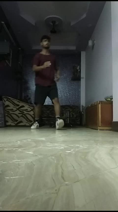 Cut 2 Cut dance ✂️  #dance #roposo-dance #indian #freestyle #freestyledance #risingstar #roposo-rising-star-rapsong-roposo #daily #roposodaily #roposoday