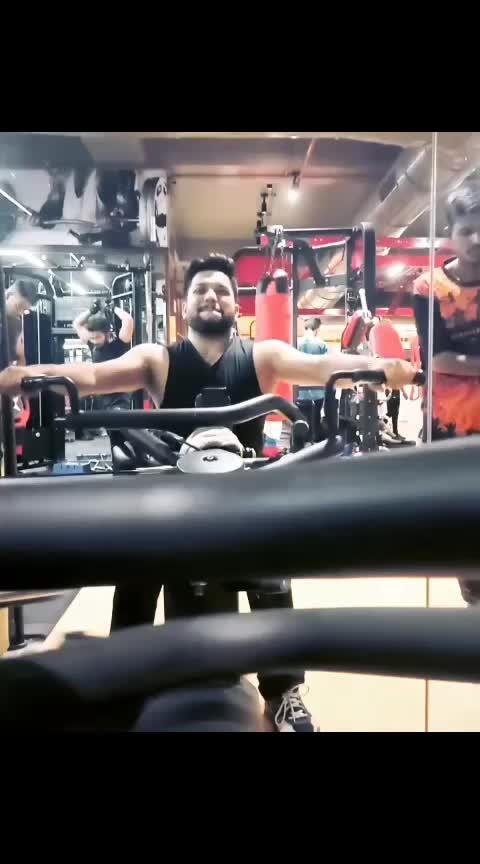 Follow me on IG - abhijeet_ganguli ❤️ When you Unwell and mom said 'Gym Jaa' 😂 #gym #gymlovers #gymforlife #backworkout #gyms #motivated