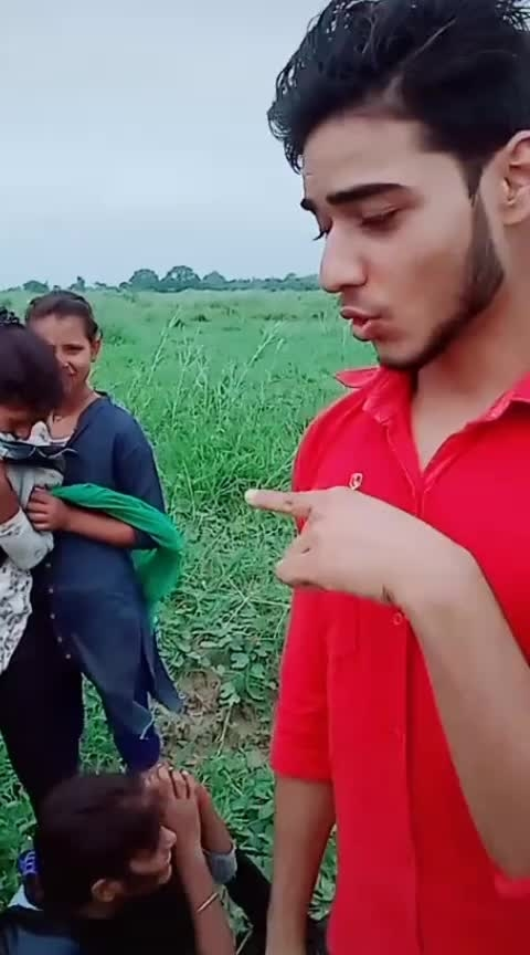 #duet with@swagg bhojpuri song..... 🤣🤣🤣🤣