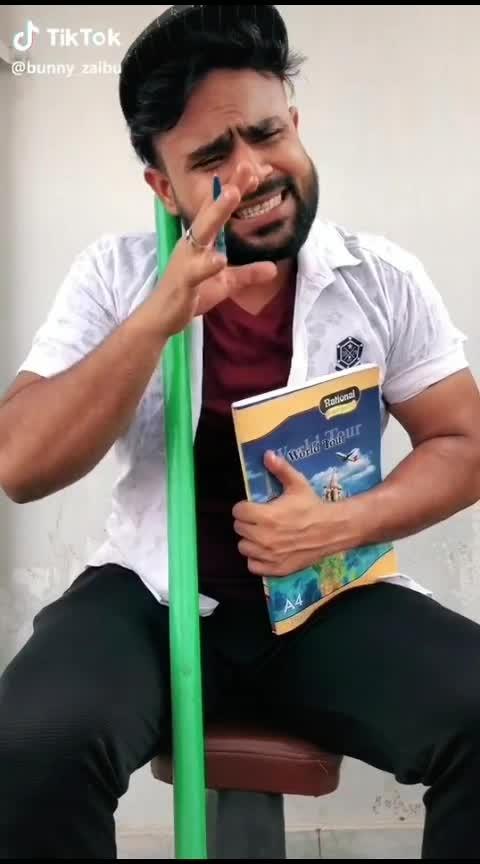 #pagal #comedy #roposo-funny-comedy #roposo-comedy #roposo-good-comedy #comedi  #badshah  #bollywoodvideos  #bhakti #ram #ravan #gauravkhatri #raja #roposo-lov #love #prem #indian