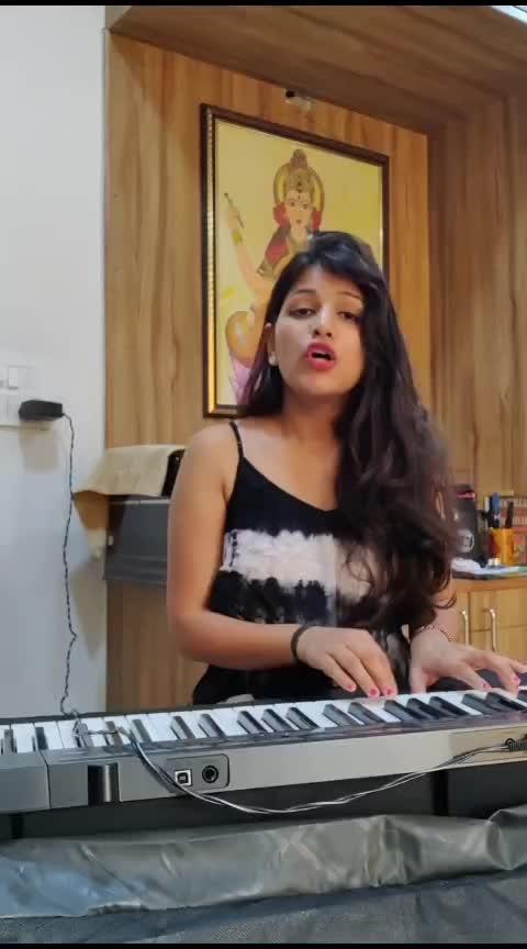 Kalank | Mahima Gupta | Cover Song #ropo-daily #roposo-beats #roposo-music #roposo-bollywood #coversongs #musicforlife