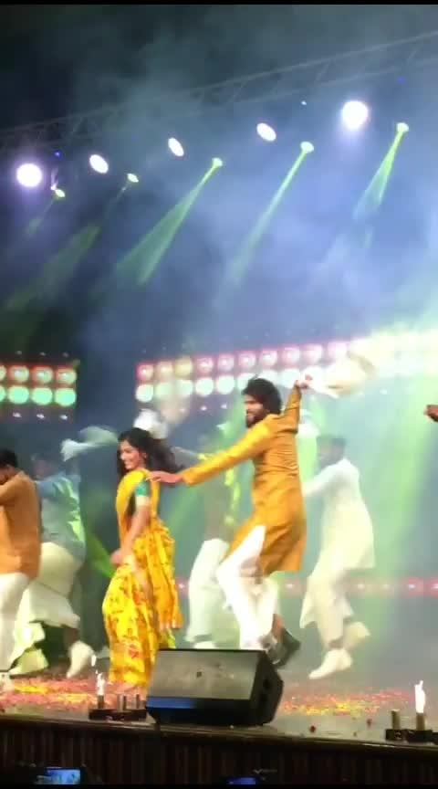 #vijaydevarakonda  #rashmikamandanna  #dancingstars  #filimistaan