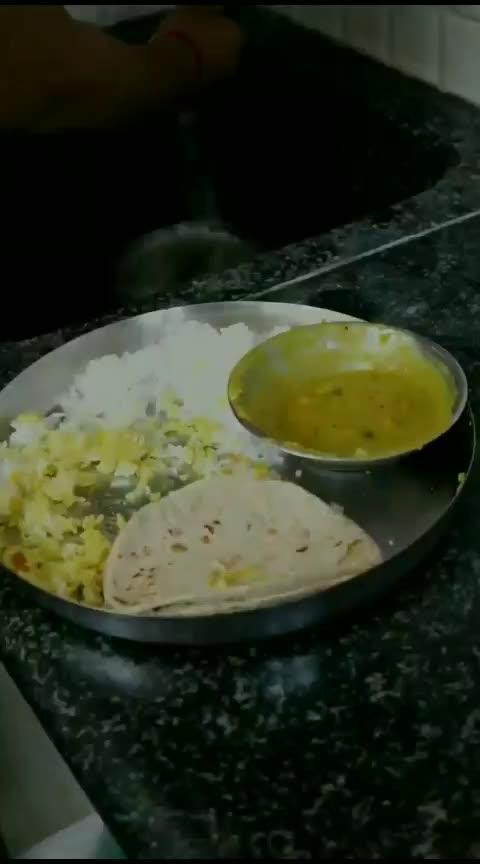 🙏Respect Food🙏 #actingwar #donotewastefood #roposorisingstar #risingstar #roposostar #premagarwal #premkumar #hckivines #food #respectfood #comedian #foodchannel #hahatv #hahatvchannel #qoutes