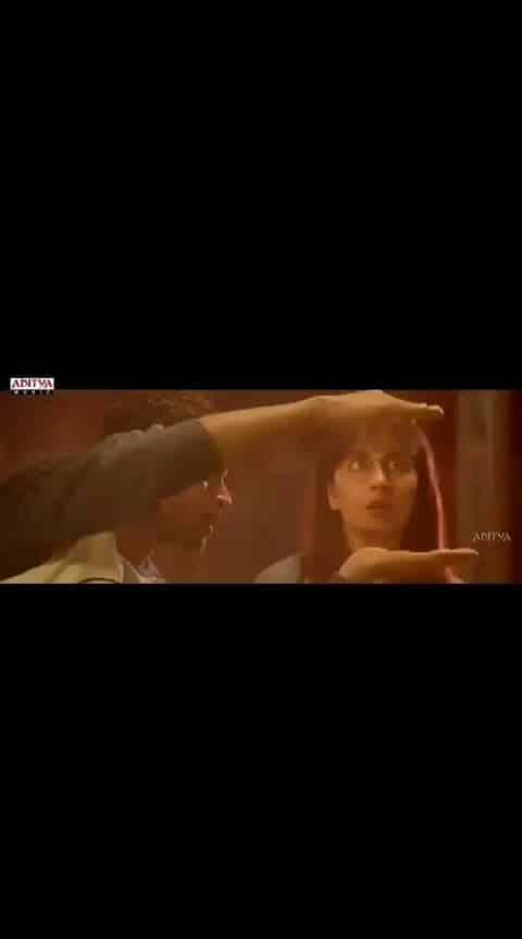 #varuntej #rashikhanna #tholiprema #lovesong #videoclip #whatsapp-status