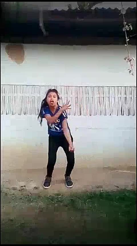 girl on fire#hiphopdance #swag #real #roposo-dancer #roposo #beats #foryou Tanisha Manisha Krishna Roposo Roposo Roposo