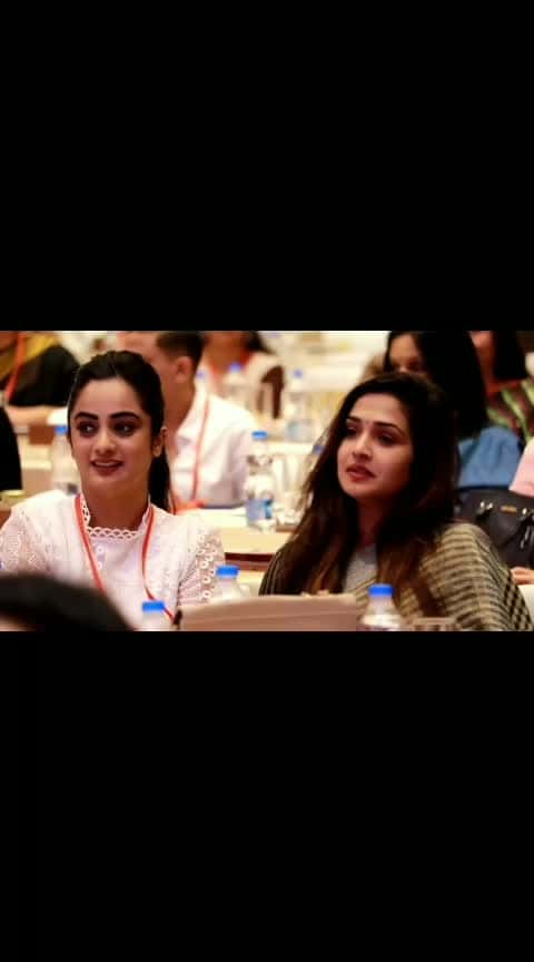 #roposo-tamil #tamil-actress #tamilsongs #aniruthmusic #sivakarthikeyanhits #mrlooser_bgm #cuteness-overloaded #malluactress