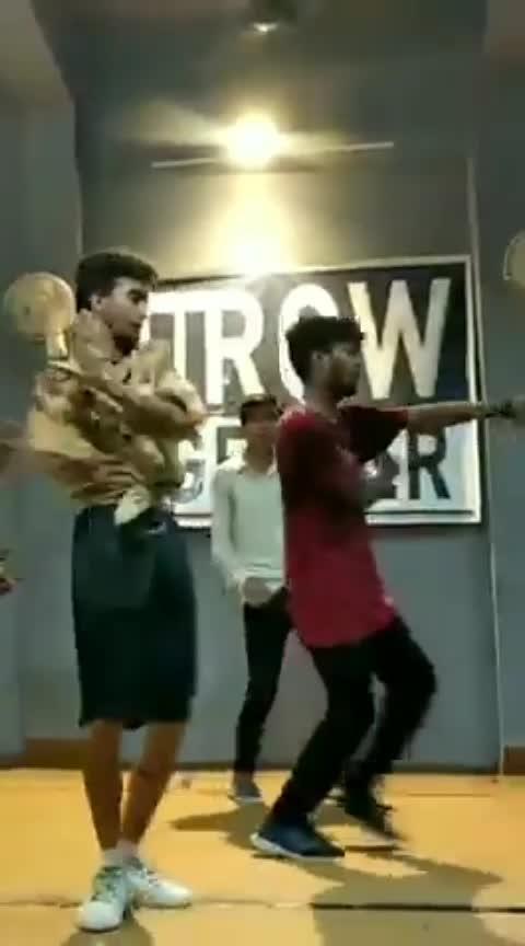 #old #bollywood #akashdeepsharma #roposo-dance #children