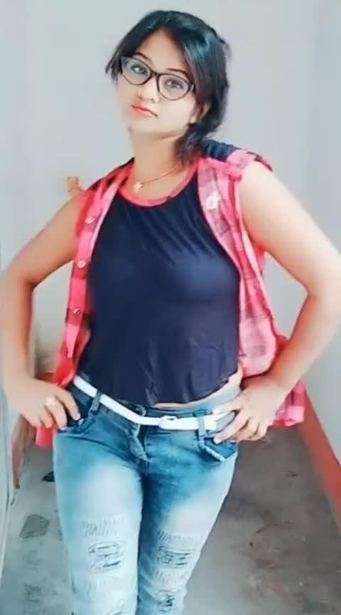 sexy look must see #hotsexy  @rina70530180 @priya008 @skhamid0