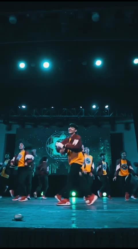 Ohh Hum Dum Suniyo Re  #RoposoStar #RoposoDance #HipHopDance #OhhHumDum #BollywoodSong #Genre2.0 #Competition #RisingStar #Roposo