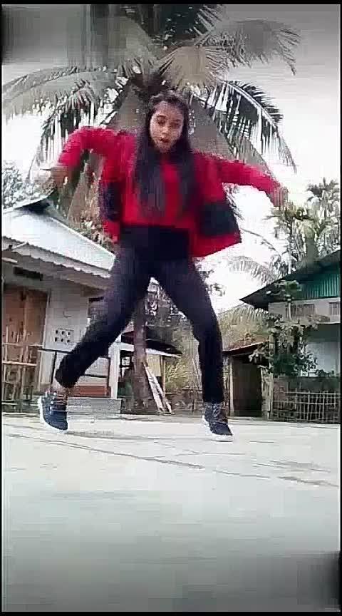 #onbeatdance #waackingdance #hiphopdance #assamgirl #roposo #roposo-dancer #risingstar Roposo Roposo Roposo Manisha Krishna Tanisha #staroftheweek