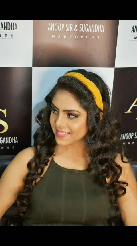 Smokey eyes with semi cut crease⚡🔪 Makeup by Sugandha Arora 🎀Anoop Sir & Sugandha Makeovers  For information call : 9311499676,9212086600,9811389442