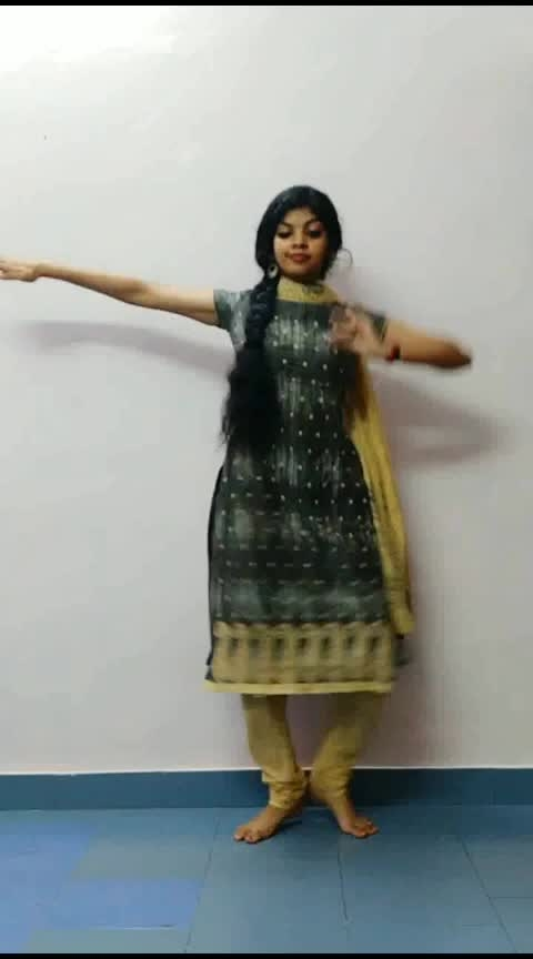 jathi .. #dance #classicaldance #classicaldancer #athirasajeev #roposo-dance #malayalam #roposo-malayalam #roposo-dancer #risingstar #roposorisingstar #risingstaronroposo