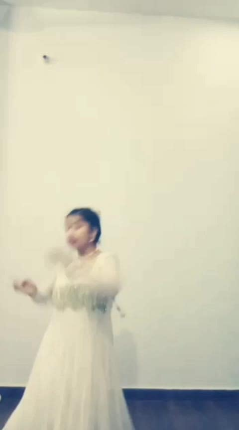 #dance #rops-style #classicaldance #roposo-dance #desi-dance #ropo-dance #bits-of-dance #super-dance #mast-dance #creativ-dance #roposo-dancer #risingstar #roposo-rising-star-rapsong-roposo #lucknow #lucknowdance #femaledancer