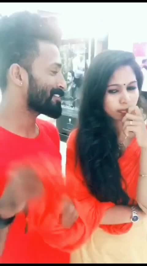 Hot pondati #roposo #roposoraisingstar #raisingstar #tamil #roposo-tamil #tamilsong #roposo-star #roposo-beats #haha-tv