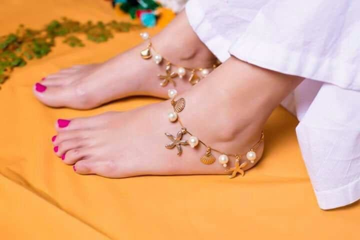 Girls here's where you can buy the best anklets online  Girls love their accessories too much these are must for their dressing style as their every dress is incomplete without accessories. Anklets plays a vital role, in the dressing code specially in indian tradition. Here you can check from where you can buy and what type suits of anklets suit you. Read more - https://rapidleaks.com/lifestyle/beauty/where-to-buy-anklets-online-women/  #ropo-style #ropos #ropo #roponess #ropo-ropo #ropo-punjabi #ropo-love_black_heels #roposo #roposoness #roposoers #roposoer #lifestyle #lifestyleblogger #lifestyleblog #lifestylepost #fashion #anklets  #ankletsonlineshopping