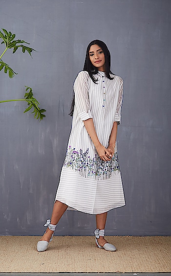 New arrivals Summer Breeze by TAIKA by Poonam Bhagat!! Showcasing now at Deval The Multi Designer Store!!! #devalstore #ahmedabad #newarrivals #designerstore #exclusivepreview #summerbreeze #newarrivals #designerwear #womenswear #clothingstore