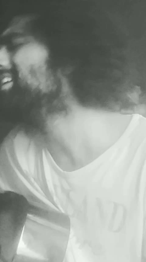 bulleya #featureme #viralvideos #risingstar #roposo-rising-star-rapsong-roposo #aedilhaimushkil #bulleya #live #share #arijit_singh #music #artist #roposo