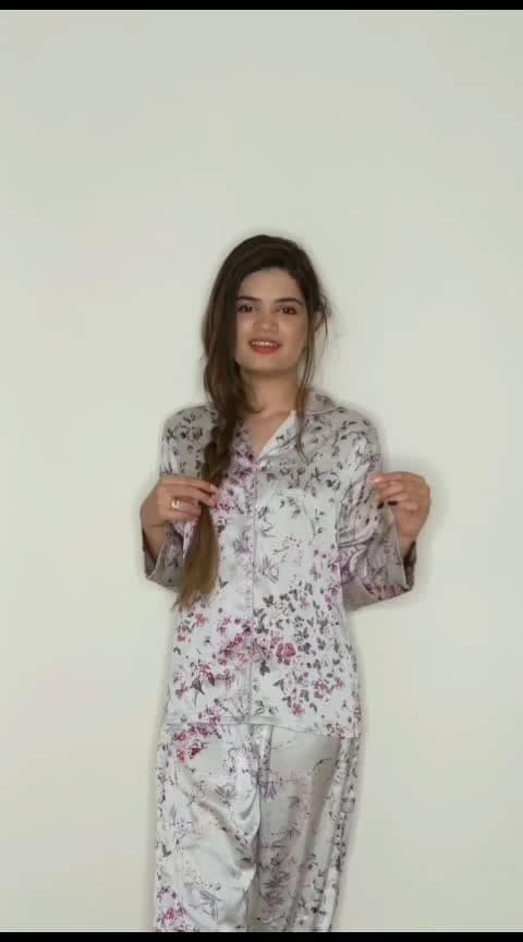 bed to party look #fashionvideo #fashionvideos #roposofashionblogger #risingstar #lookgoogfeelgood #lookgoodfeelgoodchannel #fashionquotient #fashionquotientchannel