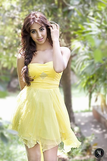 Sanjjanaa Galrani latest Photoshoot stills https://southindianactress.in/kannada-actress/sanjjanaa/sanjjanaa-galrani-photoshoot-2019/  #sanjjanaagalrani #southindianactress #tollywood #kollywood #southactress #modelphotography #modelphotoshoot #indiamodel #indiangirl #indian #fashion #style #hot #hotgirl #hotactress