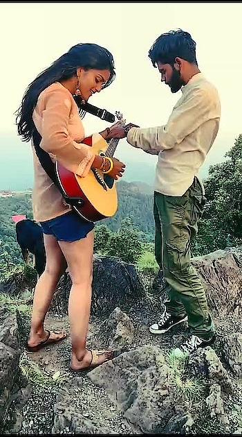 Nazar na lag jaaye 💕🌻  #roponess #roposo #roposocreativity #slowmotion #duet #ropo-ropo #bffgoals #dosti #nazarnalagjaayejaanu #risingstar #roposers