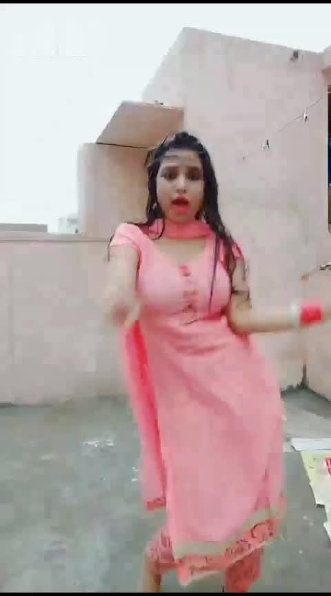 dance punjabi girl  #hot-pink-sangeet-suits #sangeeta #kaurjattian #bhangrafunk #ropo-girl